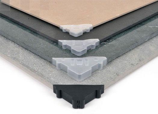 Paraspigoli per protezione angoli piastrelle porcellanato e lastre